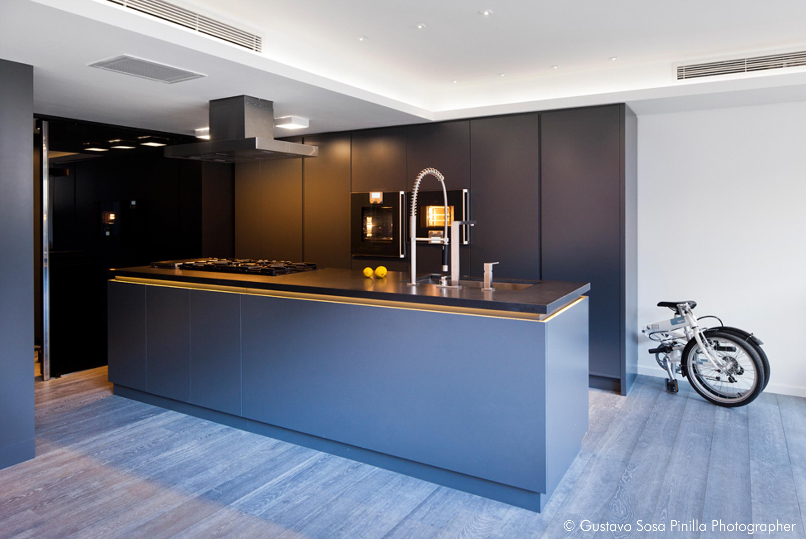 Kitchen Area - wood floor - Gascon Remy Architect