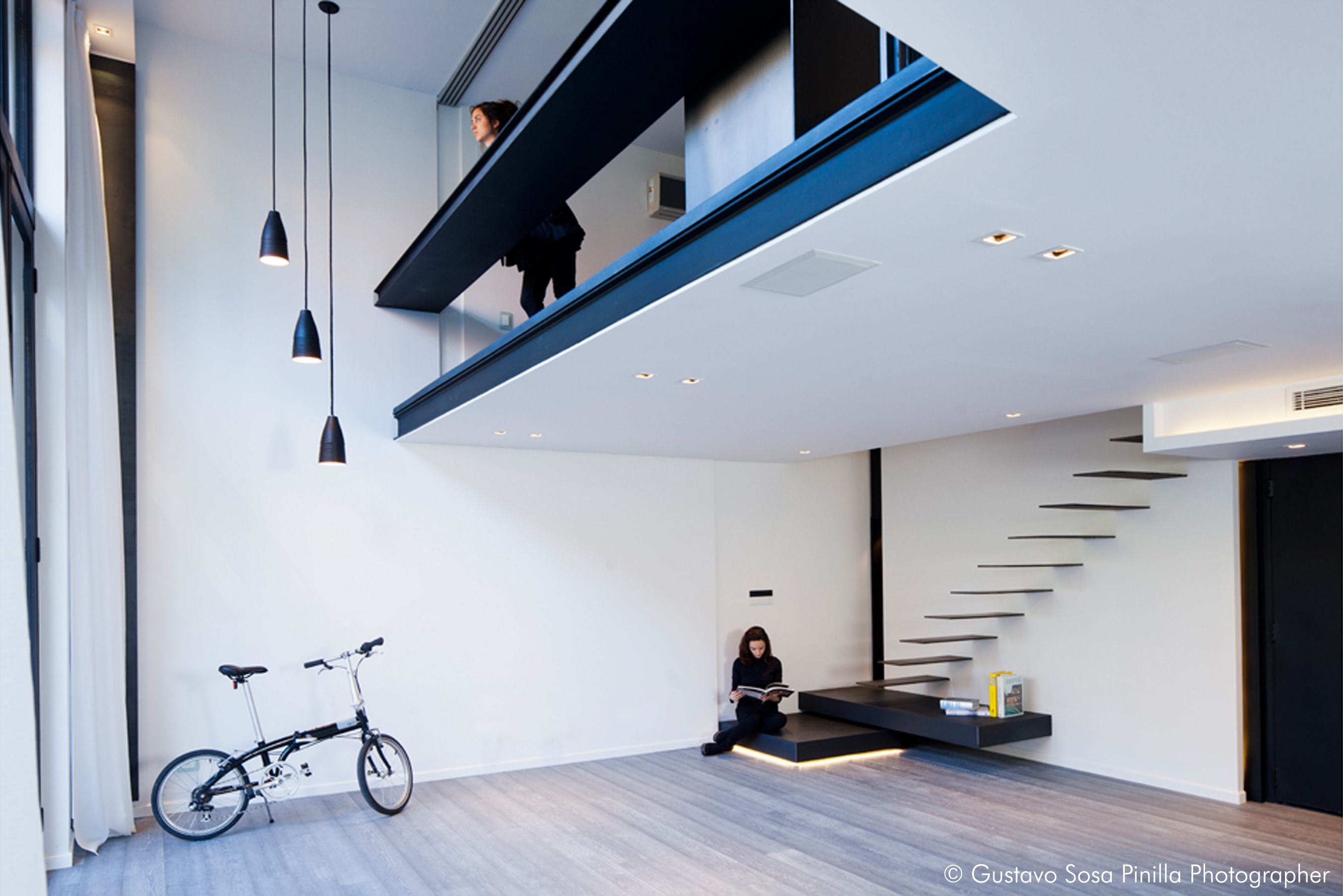 Metal Staircase - Living room - Bedroom Loft - Vertical lights - Gascon Remy Architect